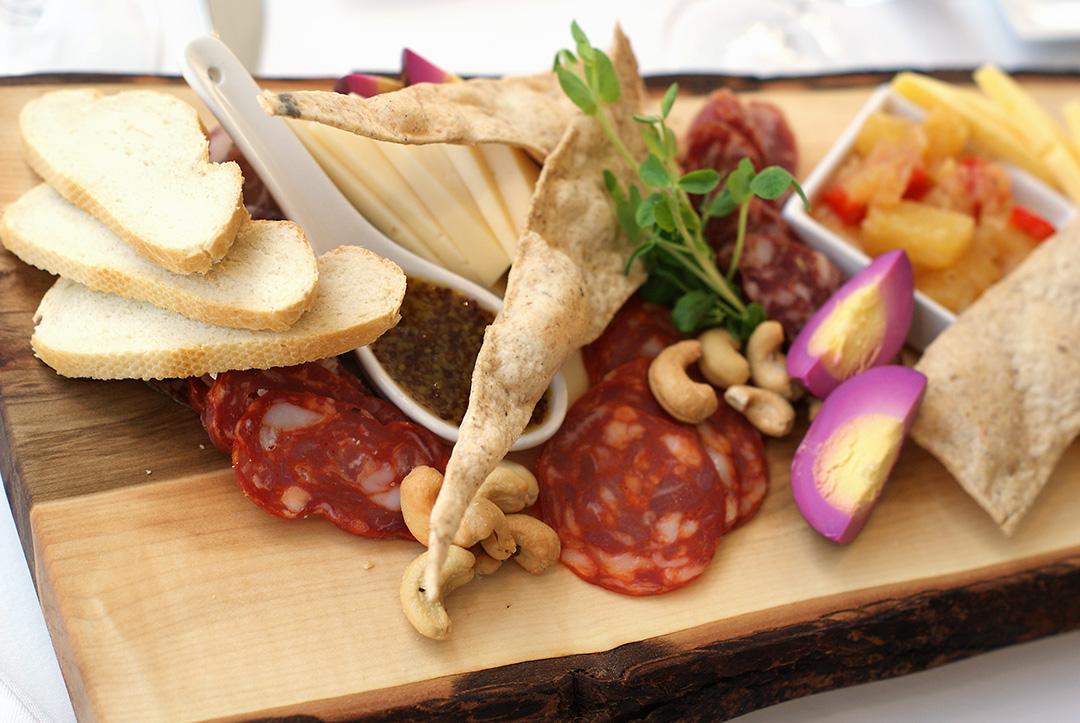 LIV Niagara Fine Dining Summer Menu